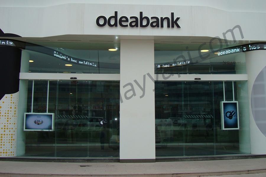 Odea Bank Cam Cama Kayar Toplanır Üretimi