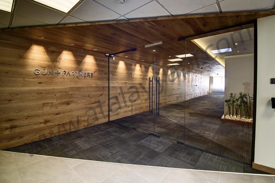 Gün Avukatlık Tek Camlı Ofis Bölme Üretimi