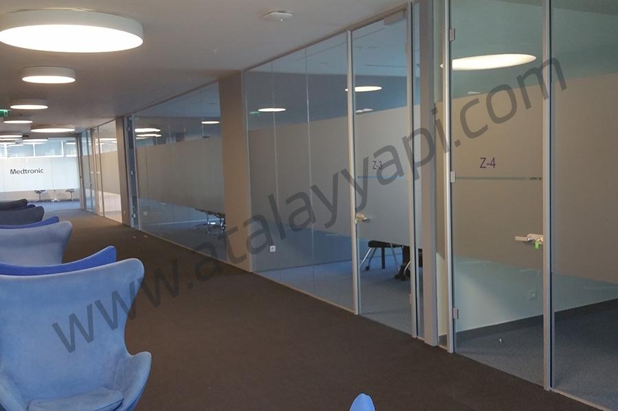 Medtronic Conviden Tek Camlı Ofis Bölme Üretimi
