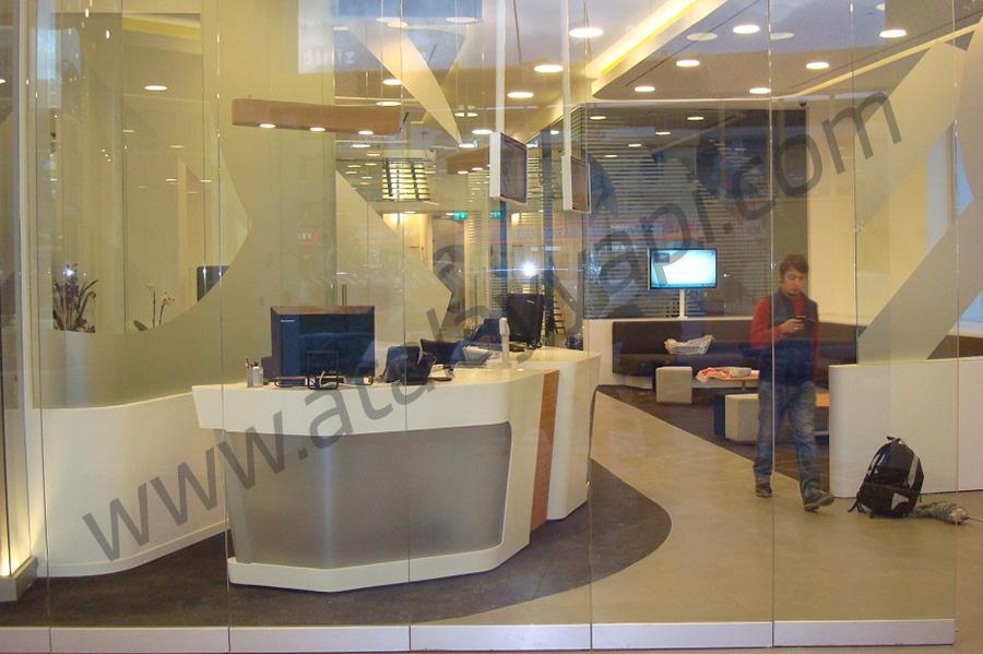 Odea Bank Manet Tutucu Kapı Üretimi